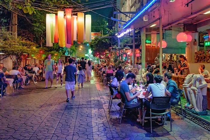 Restaurants in Khao San Road, Bangkok