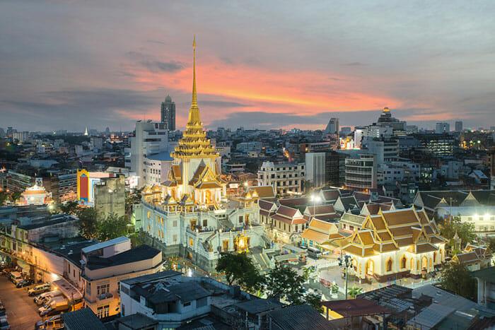 Wat Traimit Temple in Bangkok