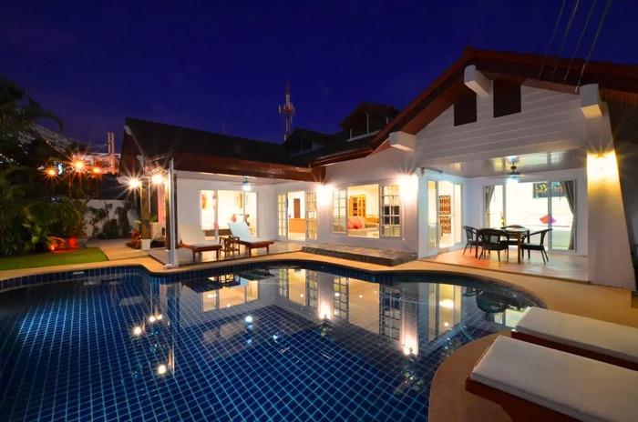 Grand Condo Jasmine Pool Villa Airbnb Pattaya